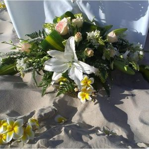 bilinga beach wedding simplicity ceremony